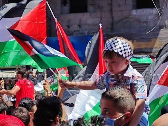 الأردنيون في مسيرة حاشدة بالعاصمة عمان نصرة لفلسطين